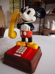 authentic Disney - VINTAGE - The MICKEY MOUSE Phone 1976 PUSH BUTTON telephone