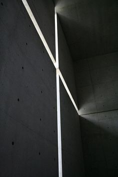 Tadao Ando - Church of Light. I love the interplay between the hard surface qualities of concrete and the light filtering through. Religious Architecture, Japanese Architecture, Light Architecture, Gothic Architecture, Amazing Architecture, Contemporary Architecture, Architecture Details, Interior Architecture, Concrete Architecture