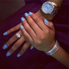 angela simmons instagram blue nail polish CND VINYLUX weekly polish in Cerulean Sea.