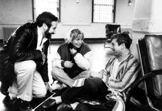 Robin Williams, Penny Marshall and Robert De Niro on-set of Awakenings, 1990. pic.twitter.com/ls4gGOMedJ
