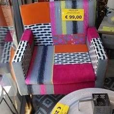 Poltrona patchwork multic solo 9900!!! #lesti #spazioliberobestlowcostdowntown #spazioliberoarredadal1987 #spazioliberohome