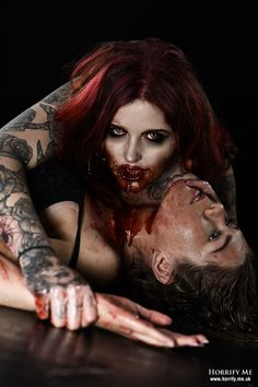 Horrify Me Image Gallery Vampire Kiss, Vampire Art, Bad Romance, Classic Monsters, Creatures Of The Night, Werewolf, My Images, Halloween Face Makeup, Blood
