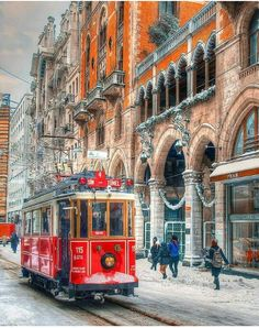 Istanbul- Turkey - Photo by Osman Topcu Places Around The World, Around The Worlds, Wonderful Places, Beautiful Places, Polaroid Foto, Turkey Photos, S Bahn, Winter Scenery, Turkey Travel