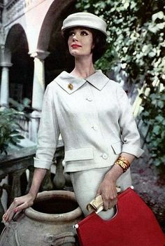 Fashion of the 1950's. ♥