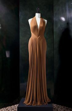 Hervé Leroux, FAYE. Dream dress...just need the money and the occasion!