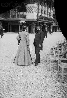 Consuelo Vanderbilt | William Kissam Vanderbilt and his young daughter Consuelo, outdoors ca. 1890.