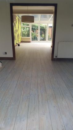 Gary Morris Flooring, Camaro White Limed Oak with Graphite grouting strip