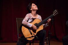 MAPA DA CULTURA: Dia da Mulher: Violonista uruguaia Cecília Siqueira adota o Brasil e faz sucesso nos palcos e na internet