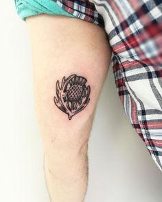Typical scottish flower Tattooartist:@r.ltatto