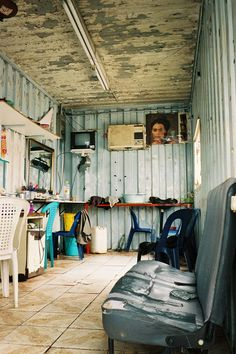 South African hair salon. How cool it would be to get your hair done in a place like this :)