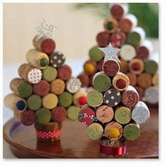 how to make cork Christmas trees and other easy DIY Christmas decorations! how to make cork Christmas trees and other easy DIY Christmas decorations! Cork Christmas Trees, Noel Christmas, All Things Christmas, Winter Christmas, Xmas Trees, Easy Christmas Ornaments, Homemade Christmas, Christmas Cards, Holiday Crafts