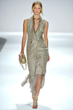 Elle Tahari Spring 2012  I want this!