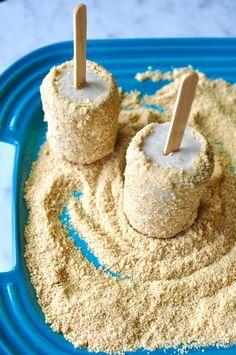 Vegan Guava Cream Pie Pops  #PaletaWeek Recipe: http://www.holajalapeno.com/2016/06/guava-cream-pie-pops.html