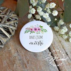 Svatební placka / buttonek - 61 Place Cards, Decorative Plates, Place Card Holders, Design