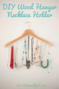A beautiful and easy jewelry holder made from an old hanger in just a few easy steps!