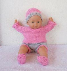 Habits poupon 36 cm - layette rose et grise au tricot : Jeux, jouets par mcl-poupees