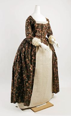 Dress (Robe à l'Anglaise)  Date: 1780–85 Culture: British Medium: cotton Dimensions: [no dimensions available] Credit Line: Purchase, Irene Lewisohn Bequest, 1974 Accession Number: 1974.194.2