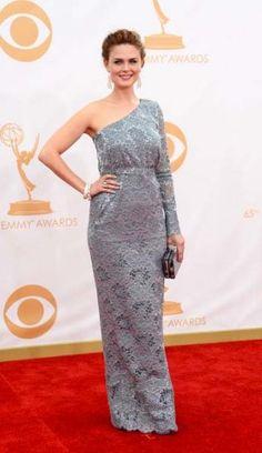 Emmys 2013 Red Carpet: Emily Deschanel