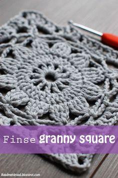 Crochet Diy Raad met draad: Finnish granny square pattern in English Crochet Diy, Beau Crochet, Love Crochet, Crochet Crafts, Crochet Projects, Vintage Crochet, Crochet In The Round, Thread Crochet, Double Crochet
