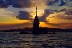 KIZ KULESİ - ÜSKÜDAR by AHMET EROL - Photo 201768753 / 500px.  #turkey #türkiye #istanbul #maidensstower #maidenstower #kızkulesi #sky #clouds #sun #sea #tower #landscape #sunset