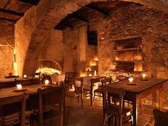 Medieval tavern interior | Dungeons & Dragons | Pinterest