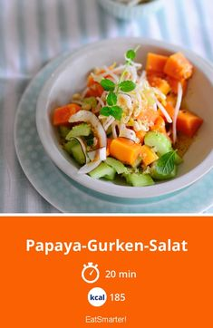 The Papaya and Cucumber Salad recipe out of our category Vegetable Salad! EatSmarter has over healthy & delicious recipes online. Papaya Salat, Cucumber Salad, Vegetable Salad, Eat Smarter, Eating Well, Potato Salad, Brunch, Vegetarian, Veggie Food