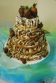 Cookie Wedding Cake A Bride wanted a cookie cake to feed 150 people. It was bigger than they needed; but it was fun to make.
