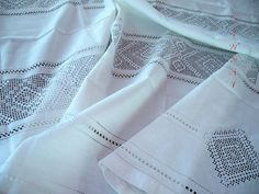 $ 600. Selling large linen tablecloth 140 x 300 cm with embroidery, handmade.