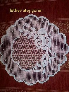 Crochet Tablecloth Pattern, Crochet Curtains, Crochet Patterns, Thread Crochet, Filet Crochet, Knit Crochet, Mantel Redondo, Crochet Dollies, Doilies