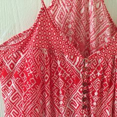 Bright Coral Crop Tank Gorgeous eye popping color! Cute summer crop tank. Perfect for the beach. Spaghetti straps. Forever 21 Tops Tank Tops