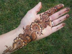 Henna Hand Designs, Dulhan Mehndi Designs, Mehandi Designs, Mehendi, Mehndi Designs Finger, Latest Bridal Mehndi Designs, Legs Mehndi Design, Full Hand Mehndi Designs, Mehndi Designs For Beginners