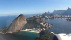 Foto-resumo de um vôo por cartões postais http://www.maladerodinhaenecessaire.com/?p=10678