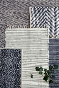Home decor trends 2017 ∙ Layering rugs! Layering rugs has been one the most popular home decor trends in Here's some visual inspiration to help you transform your room Nordic Design, Nordic Style, Scandinavian Design, Home Decor Accessories, Decorative Accessories, Turbulence Deco, Deco Nature, Broste Copenhagen, Textiles