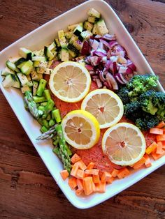 So easy so delicious>>> Lemon Salmon and vegetables »52 Weeks of deliciousness