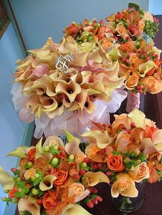 gorgeous bouquets for a fall wedding