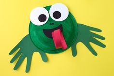 This easy paper plate frog craft is perfect for helping kids learn all about the life cycle of frogs and toads. It's perfect for summer!