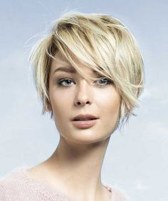 Short Layered Hairstyles with Side Swept Bangs 2016