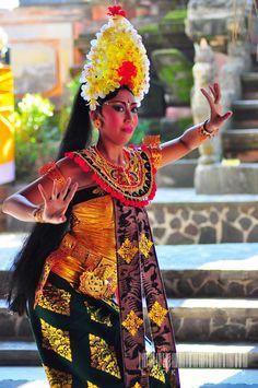 BALINESE DANCER........INDONESIA......BING IMAGES......