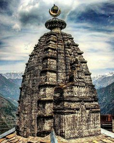 An ancient temple alongside the Bhimakali temple. Shri Bhimakali temple is at #Sarahan in #Himachal Pradesh in India, dedicated to the mother goddess Bhimakali, presiding deity of the rulers of former Bushahr State.