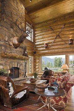 Check Out 25 Amazing Western Living Room Decor Ideas. The design basically revolves in great fireplace design and astounding wall, ceiling and floor work design. Western Style, Western Living Rooms, Western Bedrooms, Log Home Designs, Trophy Rooms, Cabin Interiors, Hunting Lodge Interiors, Hunting Lodge Decor, Hunting Cabin