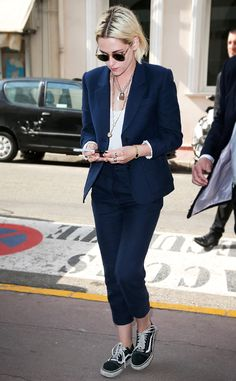 Blazers in colors that aren't black can absolutely be worn in the summer. Just look at K-Stew's cropped suit!