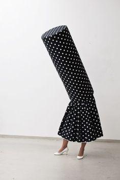 Dancing dots, photoprint Guda Koster www. Bokashi, Surreal Photos, Art Textile, Look Fashion, Fashion Design, Land Art, Textiles, Wearable Art, Costumes