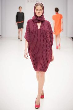 Je Suis Belle - Budapest. A/W 2012. Photo by Je Suis Belle. Fashion Labels, Fashion Accessories, Women Wear, Turtle Neck, Budapest, Sweaters, Collections, Dresses, Style