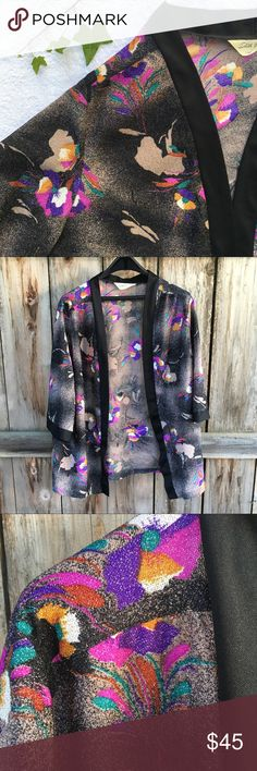 [vintage] 60's Edith Martin sparkly kimono sweater Really unique open front kimono style sweater made by Edith Martin of California. Pretty floral pattern woven with beautiful shimmer. I would pair this with a silky black camisole and high waisted flares for a date night look. 🔮✨🌙 One small snag on front - see photo. no size tag, but fits a small or medium. Length: 28 in. | armpit to armpit: 23 in. Sweaters