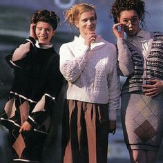 """#TBT """"A sophisticated woven group with decorative details give basics a certain chic."""" The knitwear of our 80's campaign inspires our current collections, giving depth and texture to our knits. Shop our current knitwear – www.mexx.com #mexx #fashion #past #campaign #photoshoot #80s #style #trends #outfit #potd #instalike #throwbackthursday"""