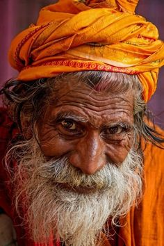 old man portrait - portrait Old Man Portrait, Portrait Art, Portrait Photography, Old Man Face, Old Faces, Face Expressions, Varanasi, Interesting Faces, Male Face