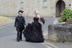 Janne and Tony's gothic wedding. Cermony in Citty Hall of Villers-Sous-Saint-Leu, France Gothic Wedding, Saints, France, Mens Fashion, Style, Moda Masculina, Swag, Man Fashion, Stylus