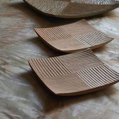 Wood Yamazakura Simple Wood Carv Wood Yamazakura Simple Wood Carving Wood Carving Tools Names Wood Carving Tools Beginner Mora Wood Carving Knife and Homegoods Ceramic Soap Dish, Ceramic Plates, Ceramic Art, Simple Wood Carving, Wood Carving Tools, Hand Built Pottery, Slab Pottery, Ceramic Pottery, Slab Ceramics