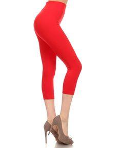 Red / 92% Polyester, 8% Spandex / One Size / Seamless Capri Legging