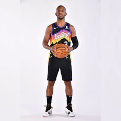 Chris Paul Jersey, Nba Wallpapers, Phoenix Suns, Profile Photo, Basketball Players, New Orleans, Hipster, Photo And Video, Rockets